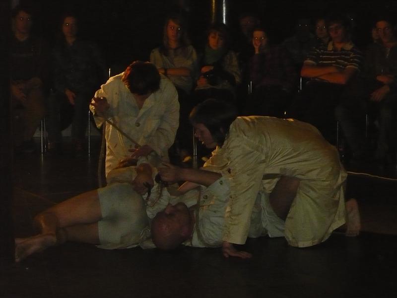 teatr-terminus-a-quo-nowa-sol-spektakl-spokojnie